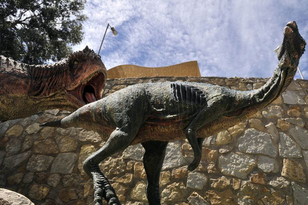 Phát hiện dấu chân khủng long 80 triệu năm ở Bolivia - 4