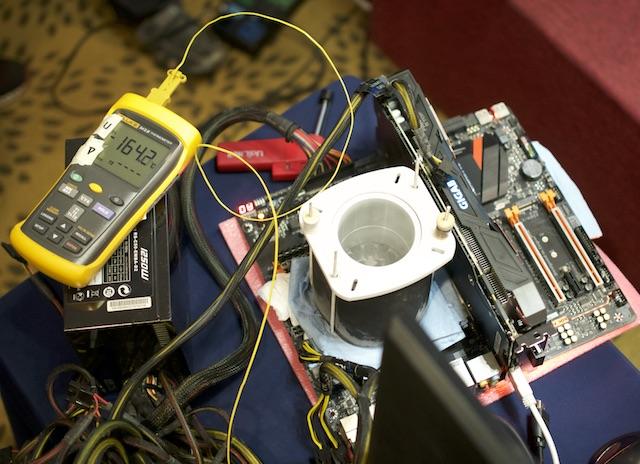 Gigabyte làm mới bo mạch chủ X99 chuyên ép xung và chơi game - 2