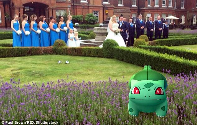Cô dâu sửng sốt khi lễ cưới thành đấu trường Pokemon - 5