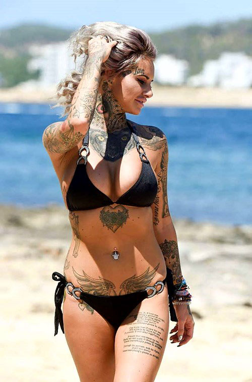 Mỹ nhân xăm trổ đầy người nóng bỏng với bikini - 10