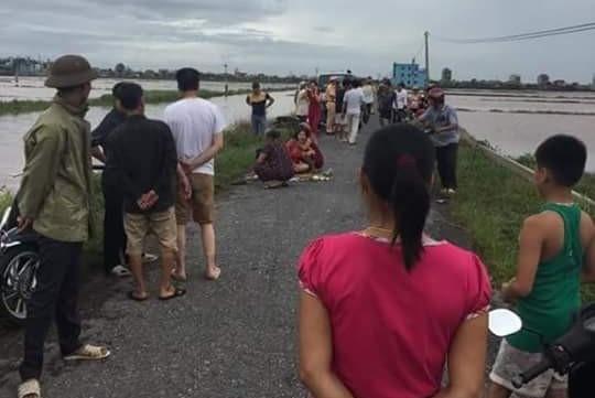 Bão số 1: Ba người chết do đâm cột điện đổ ở Nam Định - 1