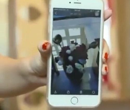 """""""Mẹ vợ"""" phản ứng với bó hoa 10 triệu Trấn Thành tặng Hari - 4"""