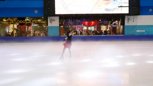 2 thí sinh nhí Việt Nam lần đầu tiên giành tấm vé dự Giải trượt băng Châu Á - 2