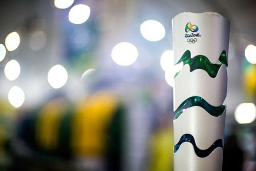 Rước đuốc Olympic bùng nổ thành bạo động - 1