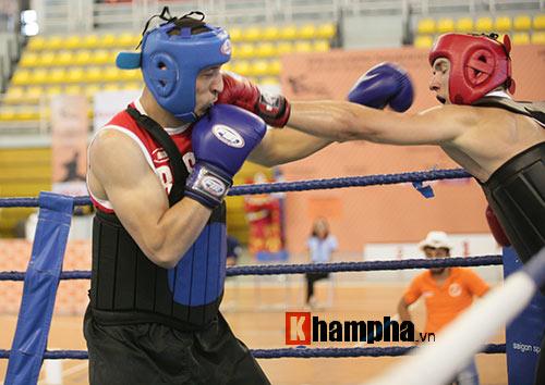 Rung sàn màn đấu võ Việt của hai ông Tây hạng 90kg - 4