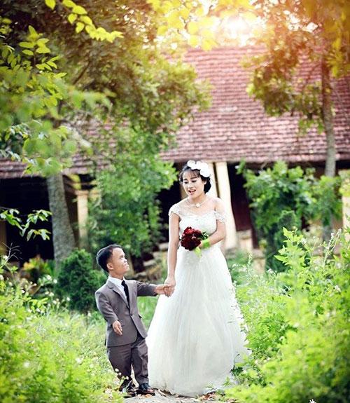 """Đám cưới cổ tích """"chú lùn và bạch tuyết"""" ở Thanh Hóa - 3"""