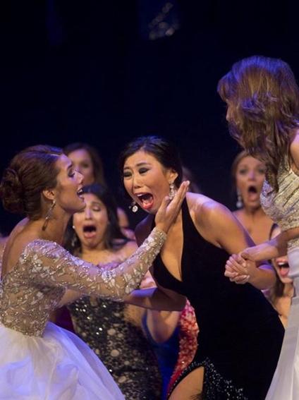 Hoa hậu Michigan gây sốc vì... quá xấu - 5