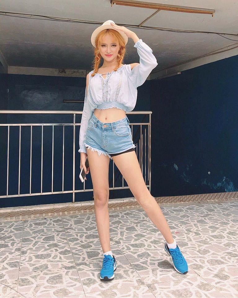 """Không tin nổi cô gái """"tóc vàng hoe"""" này là Hương Giang Idol - 8"""