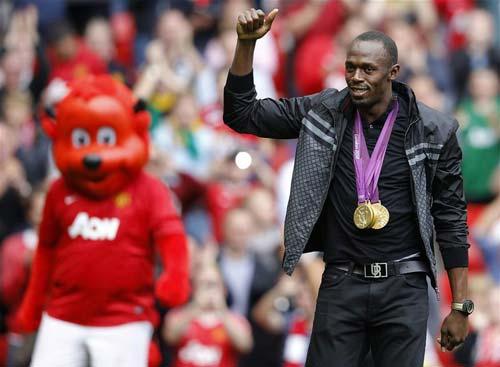 Usain Bolt đề nghị được đá thay Martial ở MU - 2