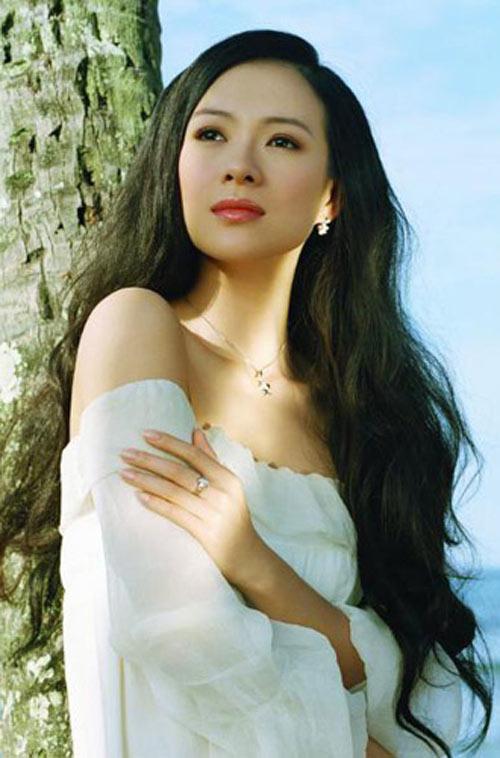 Trang tin nổi tiếng chọn Phạm Hương sexy nhất Việt Nam - 7