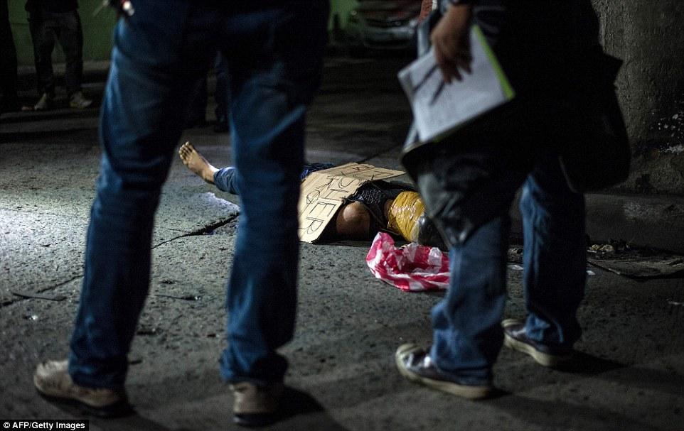 Điểm lạ của 300 tội phạm bị giết trên phố ở Philippines - 1