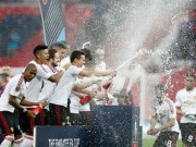 Bóng đá thế giới thông qua luật được thay cầu thủ thứ tư
