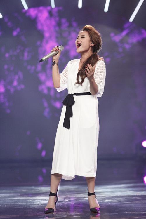 """Cô gái Philippines """"bùng nổ"""" ở Vietnam Idol nhờ hit Thu Minh - 6"""