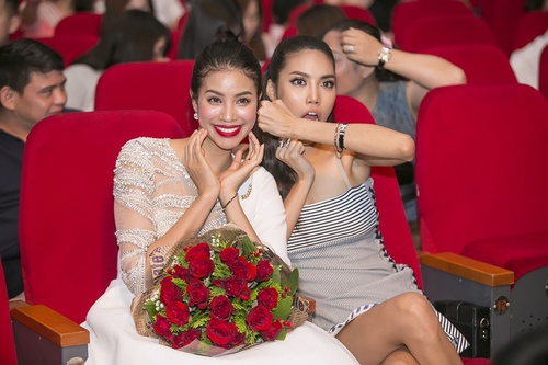 """Hà Hồ hát hit của Hari Won, """"tỏ tình"""" với Phạm Hương, Lan Khuê - 13"""
