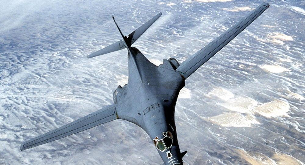 Mỹ điều máy bay ném bom tầm xa bao quát toàn Biển Đông - 1