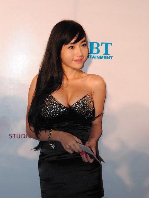 Elly Trần đã thay đổi như nào sau khi làm mẹ - 11