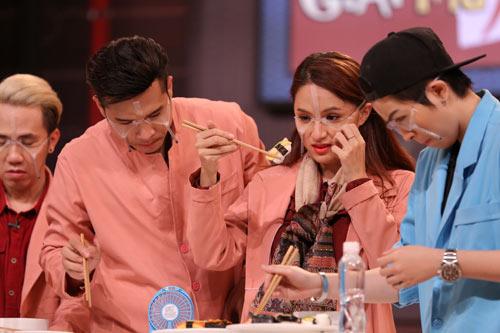 Hương Giang Idol bị bóc mẽ ngay trên sóng truyền hình - 4