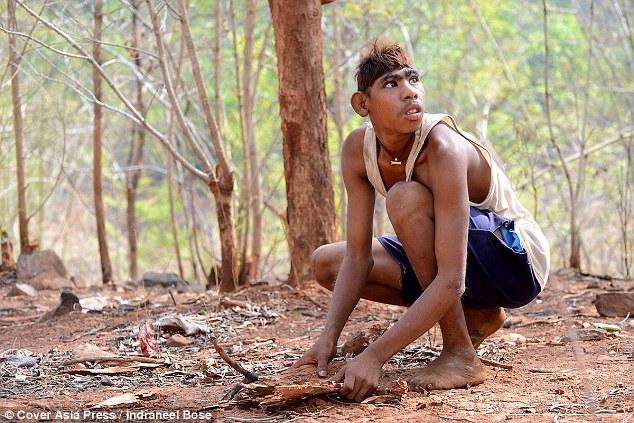 Chàng trai Ấn Độ thích sống như khỉ trong rừng - 1