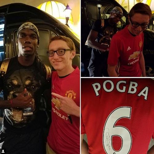 Pogba ký áo chụp hình với fan MU, Sir Alex sốt ruột - 1