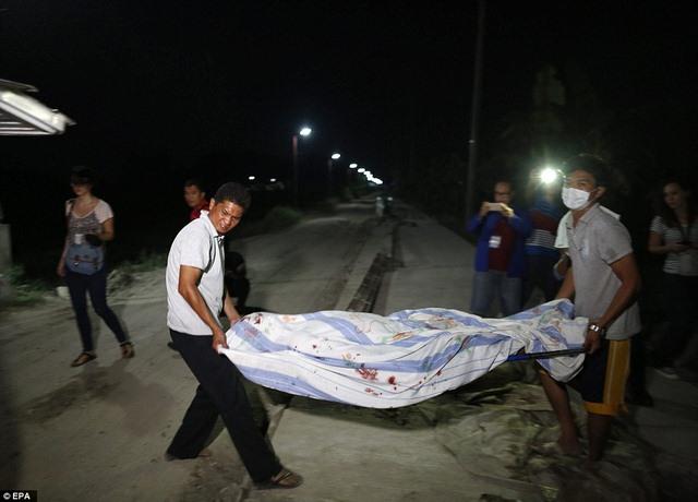Bắn 300 người giữa phố Philippines: Truy đến kẻ cuối cùng - 2