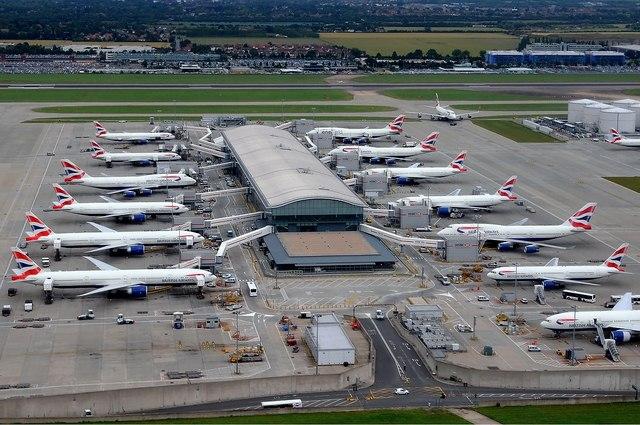 Những vụ hacker tấn công sân bay nguy hiểm trên thế giới - 1