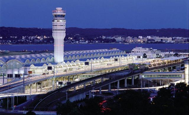 Những vụ hacker tấn công sân bay nguy hiểm trên thế giới - 2