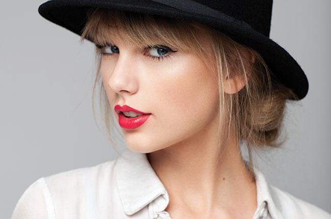 """Taylor Swift đã """"gây thù chuốc oán"""" với những ai? - 1"""