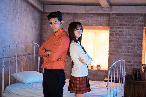 3 mỹ nam hút khách nhất phim Hàn năm nay - 7