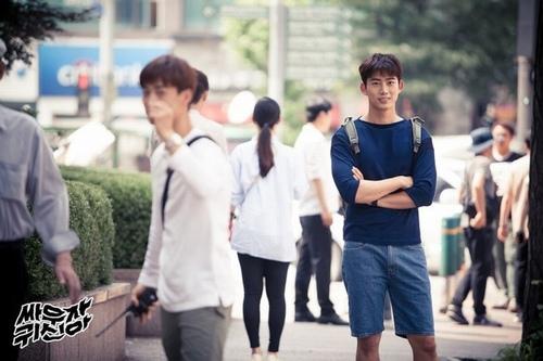 3 mỹ nam hút khách nhất phim Hàn năm nay - 8