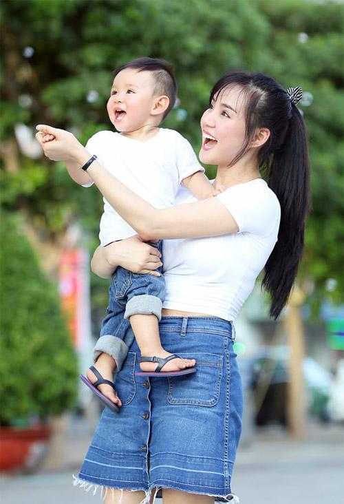 """Vy Oanh: """"Không còn vung tiền tỷ từ khi sinh con"""" - 2"""