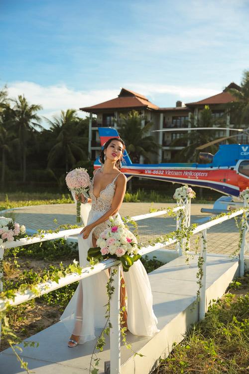 Siêu mẫu Hà Anh dùng trực thăng đến đám cưới - 6