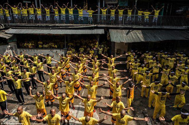 Hình ảnh sốc trong nhà tù khét tiếng nhất Philippines - 3