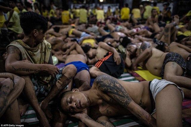 Hình ảnh sốc trong nhà tù khét tiếng nhất Philippines - 8