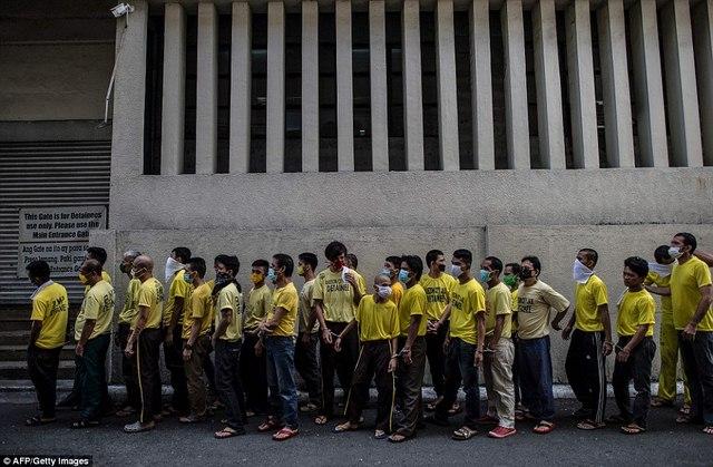 Hình ảnh sốc trong nhà tù khét tiếng nhất Philippines - 11