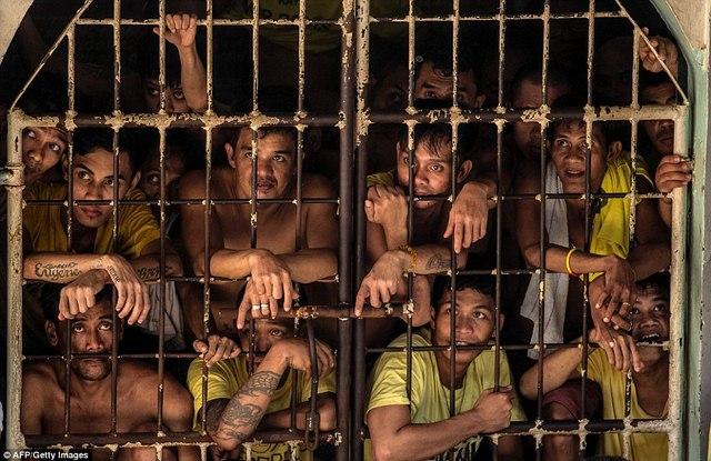 Hình ảnh sốc trong nhà tù khét tiếng nhất Philippines - 12