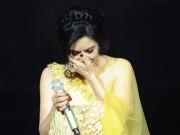 Thu Phương nghẹn ngào bật khóc trên sân khấu