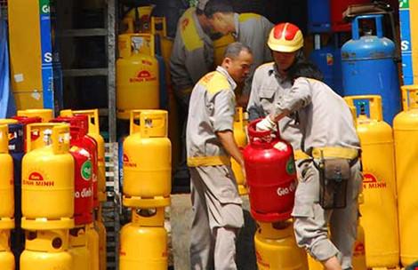 Từ đầu năm giá gas giảm 5 lần - 1