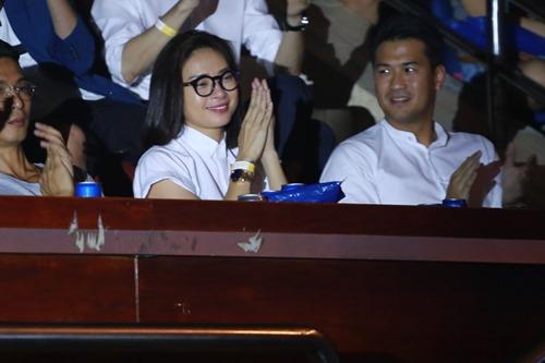 Ngô Thanh Vân khóc cùng hàng ngàn fan của nhóm 365 - 3