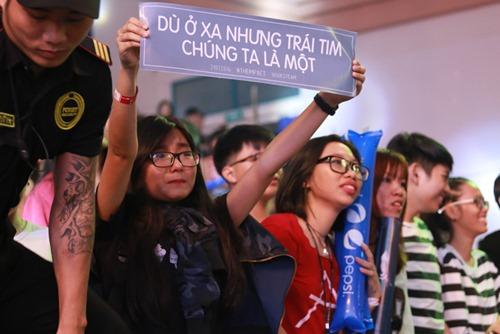 Ngô Thanh Vân khóc cùng hàng ngàn fan của nhóm 365 - 9