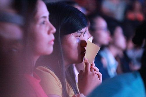 Ngô Thanh Vân khóc cùng hàng ngàn fan của nhóm 365 - 11