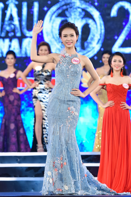 Người đẹp thành tích khủng tại Hoa hậu VN không sợ thị phi - 9