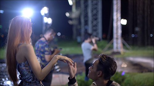 "Fung La lại ""diễn sâu"" để hút fan tại Vietnam's Next Top? - 8"