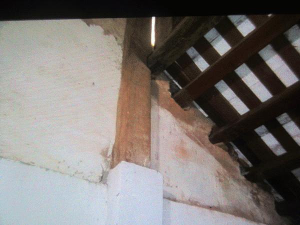 """Vụ trộm bí ẩn tại ngôi đình ở giữa thủ đô có """"kho"""" gỗ sưa quý - 1"""