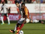 """MU – Galatasaray: Ibra, siêu phẩm và """"mưa"""" bàn thắng"""