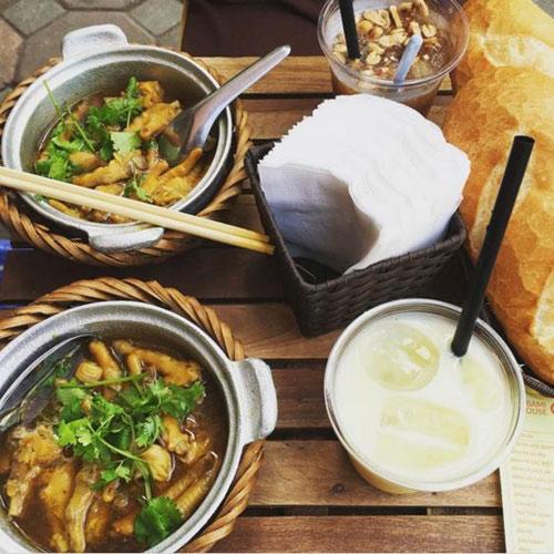 """Những món bánh mì nghe """"lạ hoắc"""" mà tuyệt ngon ở Hà Nội - 5"""