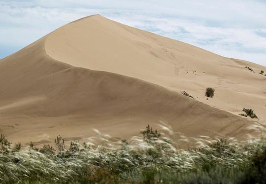 """Cồn cát """"biết hát"""" huyền bí chưa có lời giải đáp - 2"""