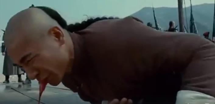 Video phim: Siêu sao võ thuật bị đánh hộc máu miệng - 4