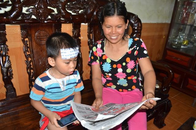 Bé trai ở Hải Dương đọc vanh vách khi không biết chữ - 3