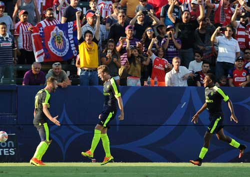 Guadalajara - Arsenal: Khác biệt ở dứt điểm - 1