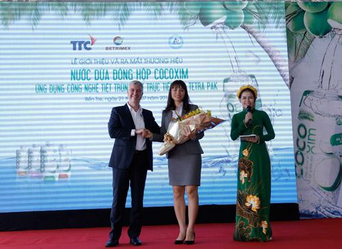 Sản phẩm nước dừa đóng hộp đầu tiên tại Việt Nam - 1